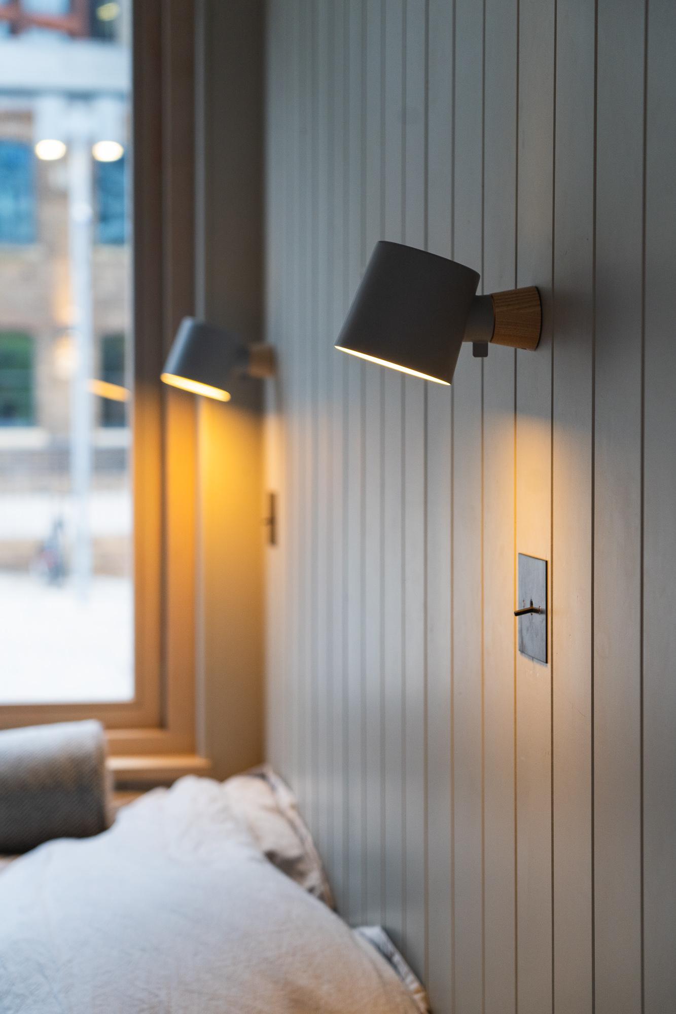 Nomad_Cabin - lights